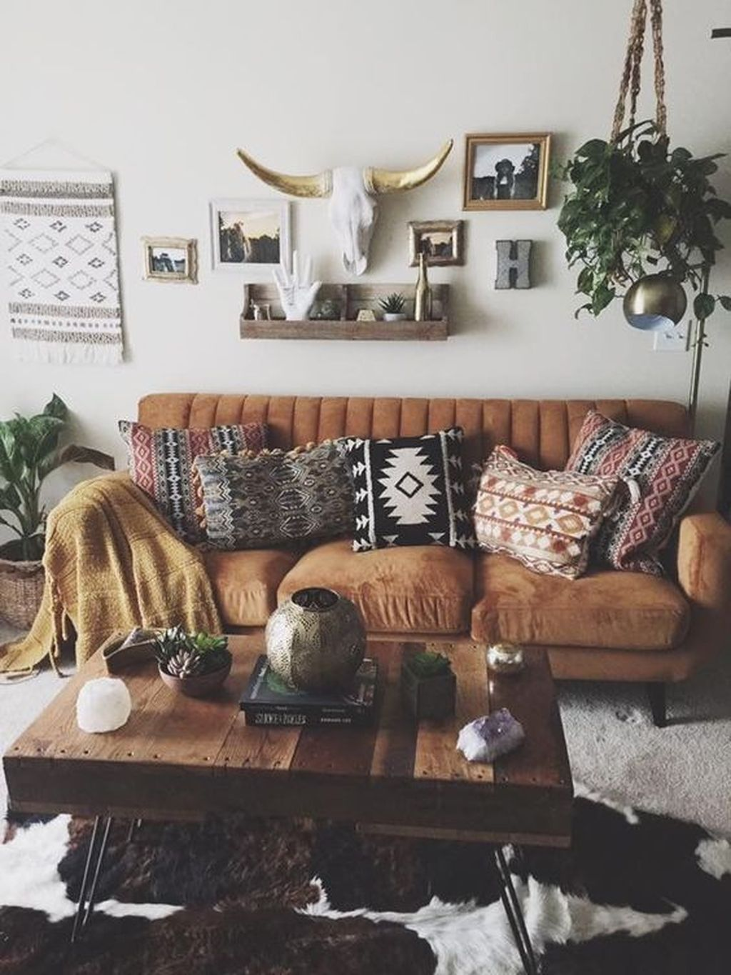 30 Rustic Living Room Decoration Ideas With Bohemian Style Western Living Room Decor Living Room Decor Rustic Living Room Decor Modern #western #style #living #room
