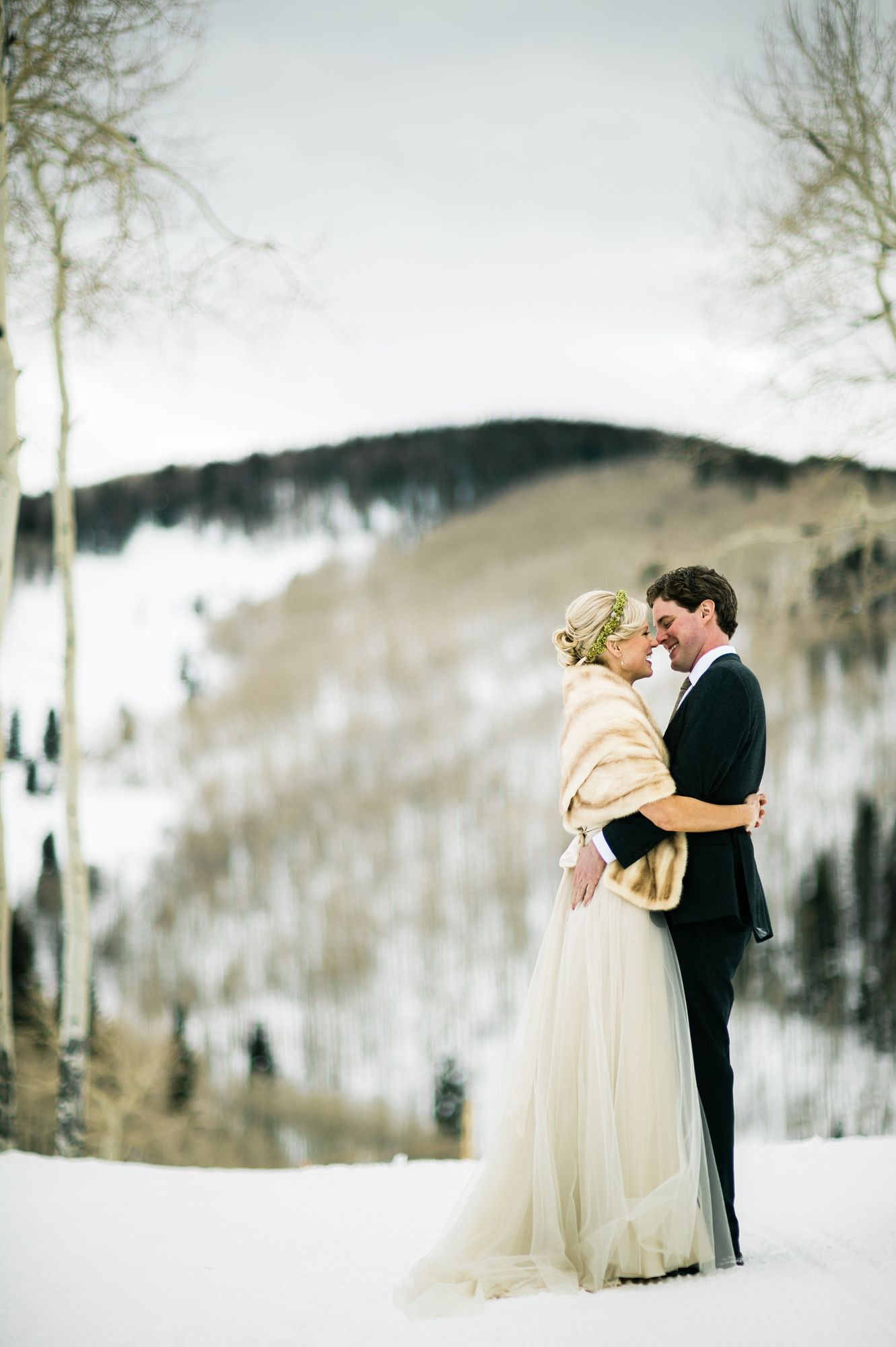 A Gold Winter Wedding At Trappers Cabin In Beaver Creek Colorado Great Example Of An Intimate CO