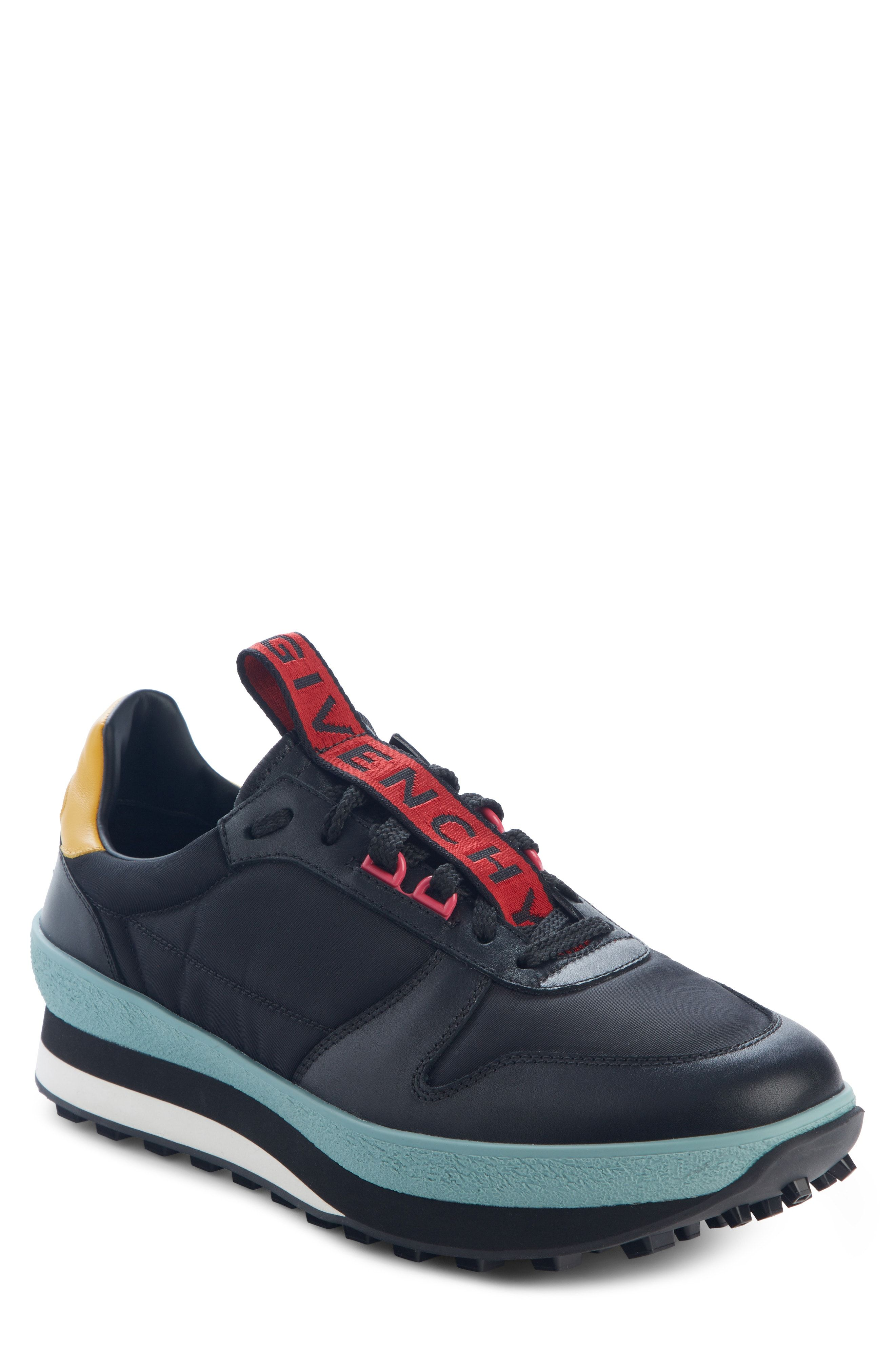 02077eb3a5c918 GIVENCHY TR3 LOW RUNNER SNEAKER. #givenchy #shoes | Givenchy in 2019 ...