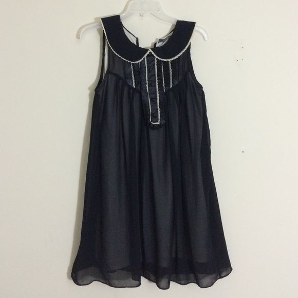 Forever 21 black dress. Very good condition. Very light and comfortable. Beige Lining .Can be worn for all occasions Forever 21 Dresses Midi