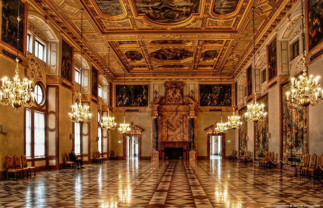 munich residenz golden hall former royal palace of the bavarian monarchs of the house of. Black Bedroom Furniture Sets. Home Design Ideas