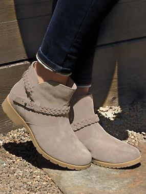 Women's Delavina Suede Boot