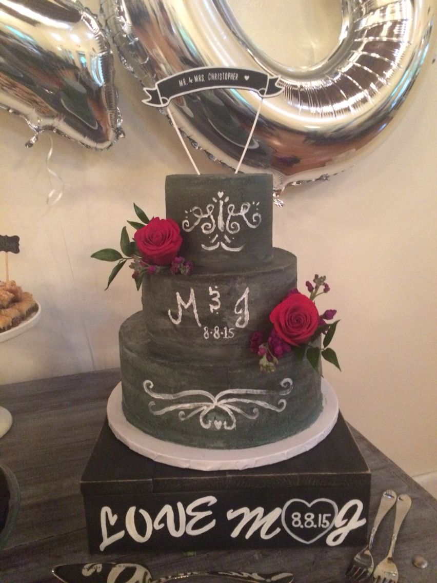 chalk board themed rustic wedding cake by cloud 9 bakery in miami