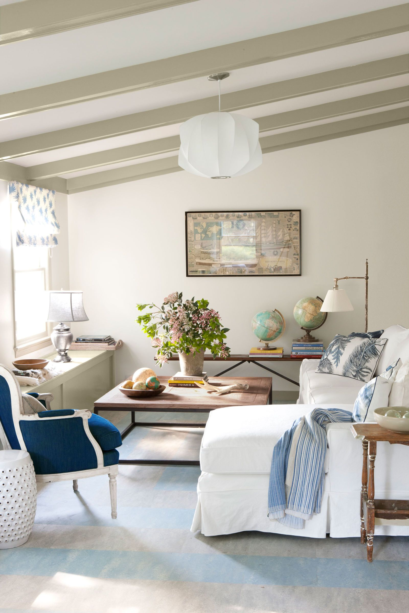 This Home Wasn T Always So Bright And Beautiful Blue And White Living Room