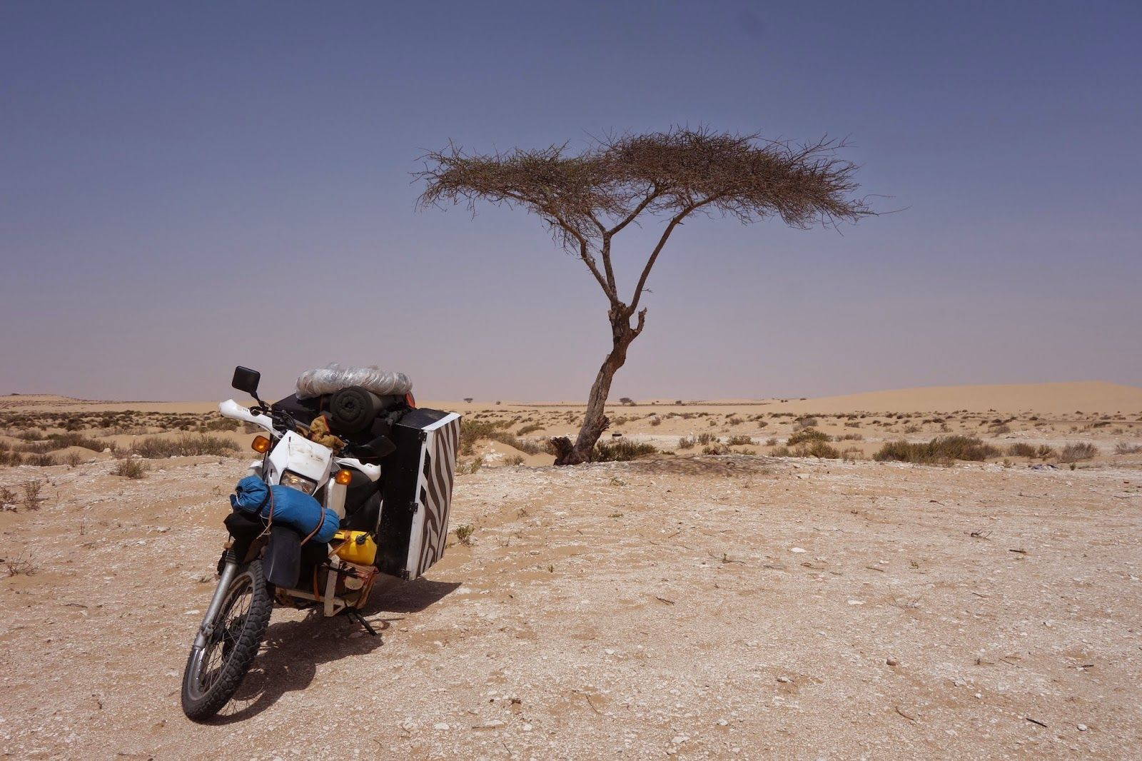 Motorbike Around The World - Music and Film Travel : Morocco - Mauritania - Senegal