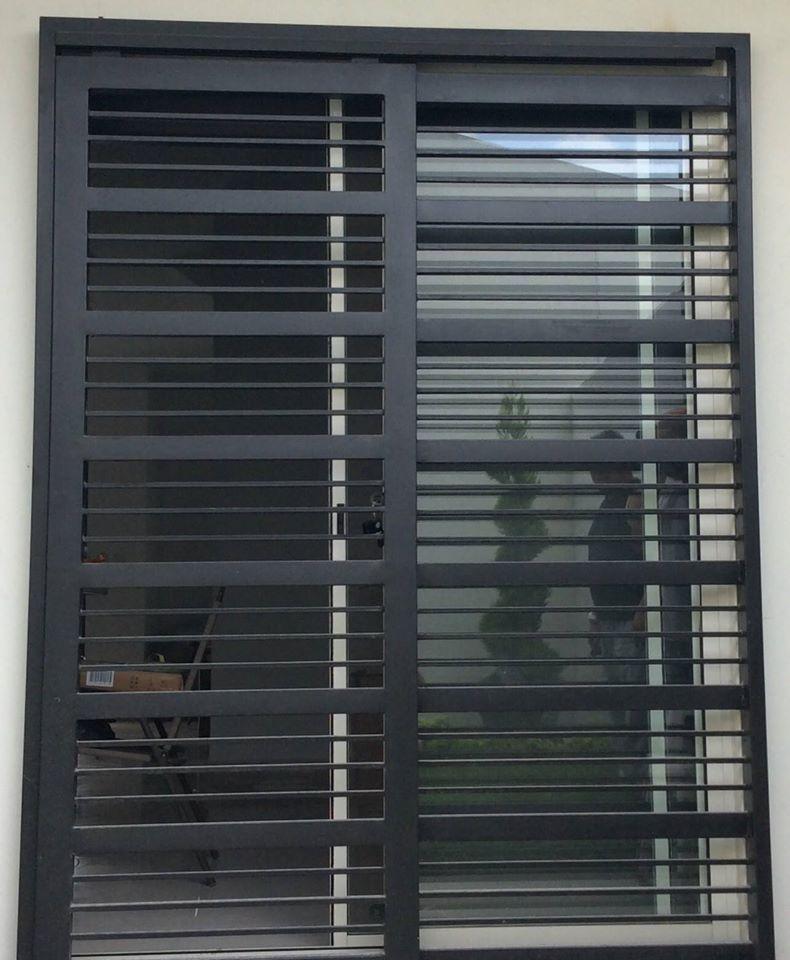 Puertas mosquiteras y corredizas herreria moderna for Puertas corredizas de aluminio