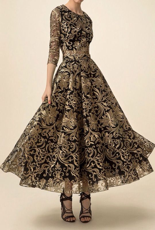 27de5fbfad Marchesa...Black & Gold Dress. Beautiful | Fashionista | Fashion ...