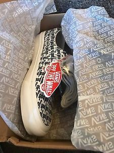 FOG Vans Era 95 Re Issue FEAR OF GOD SIZE 10 US 9 UK Collection 2 Pac Sun https://t.co/KfyQkVUI4n https://t.co/eJzmaNiD61