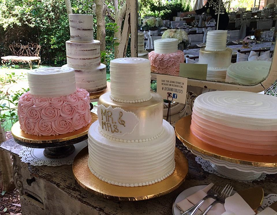 Pretty-in-pink dessert table for Wedding Wednesday