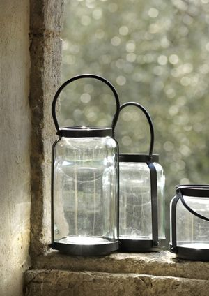 photophore cylindrique en verre et m tal noir ando athezza dans la veranda pinterest. Black Bedroom Furniture Sets. Home Design Ideas