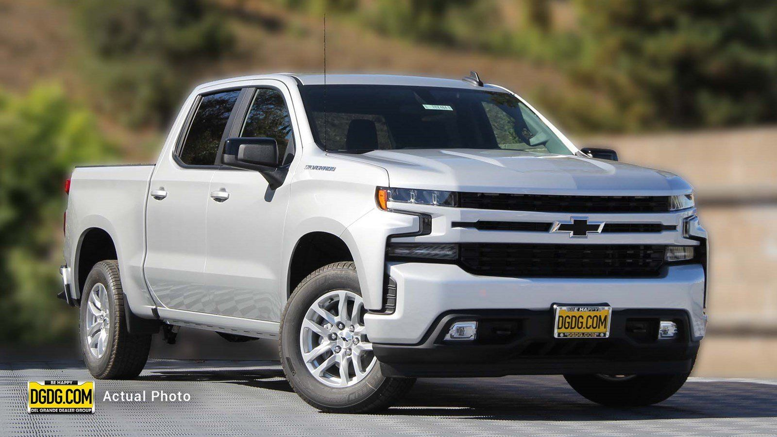 The 2019 Chevy Silverado Is A Good Full Size Pickup Truck It Boasts A Best In Class Tow Rating Of 13 400 Pounds A Custom Silverado Fuel Economy Pickup Trucks