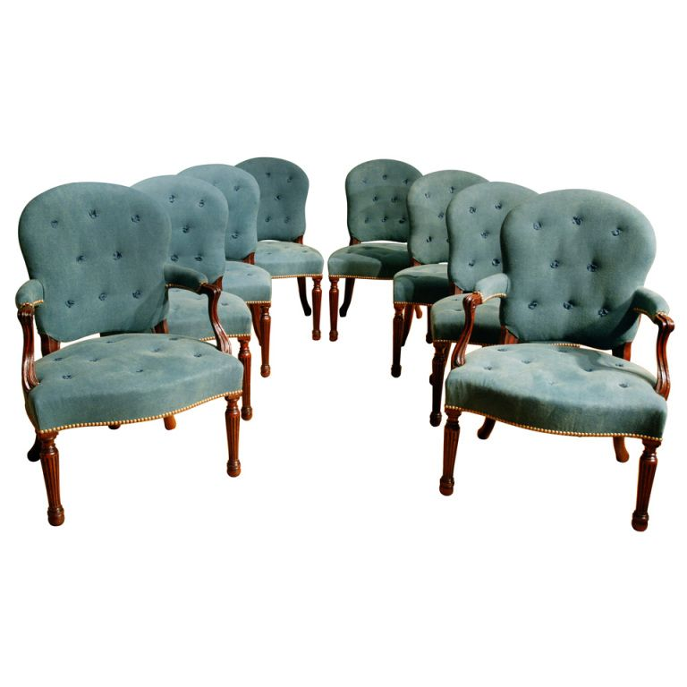 1stdibs | An 18th Century Set of Eight Upholstered ...