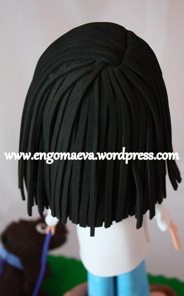 Peinado pelo largo, liso y negro (atrás)   ---   Long black hair, and smooth (behind)  http://engomaeva.wordpress.com/