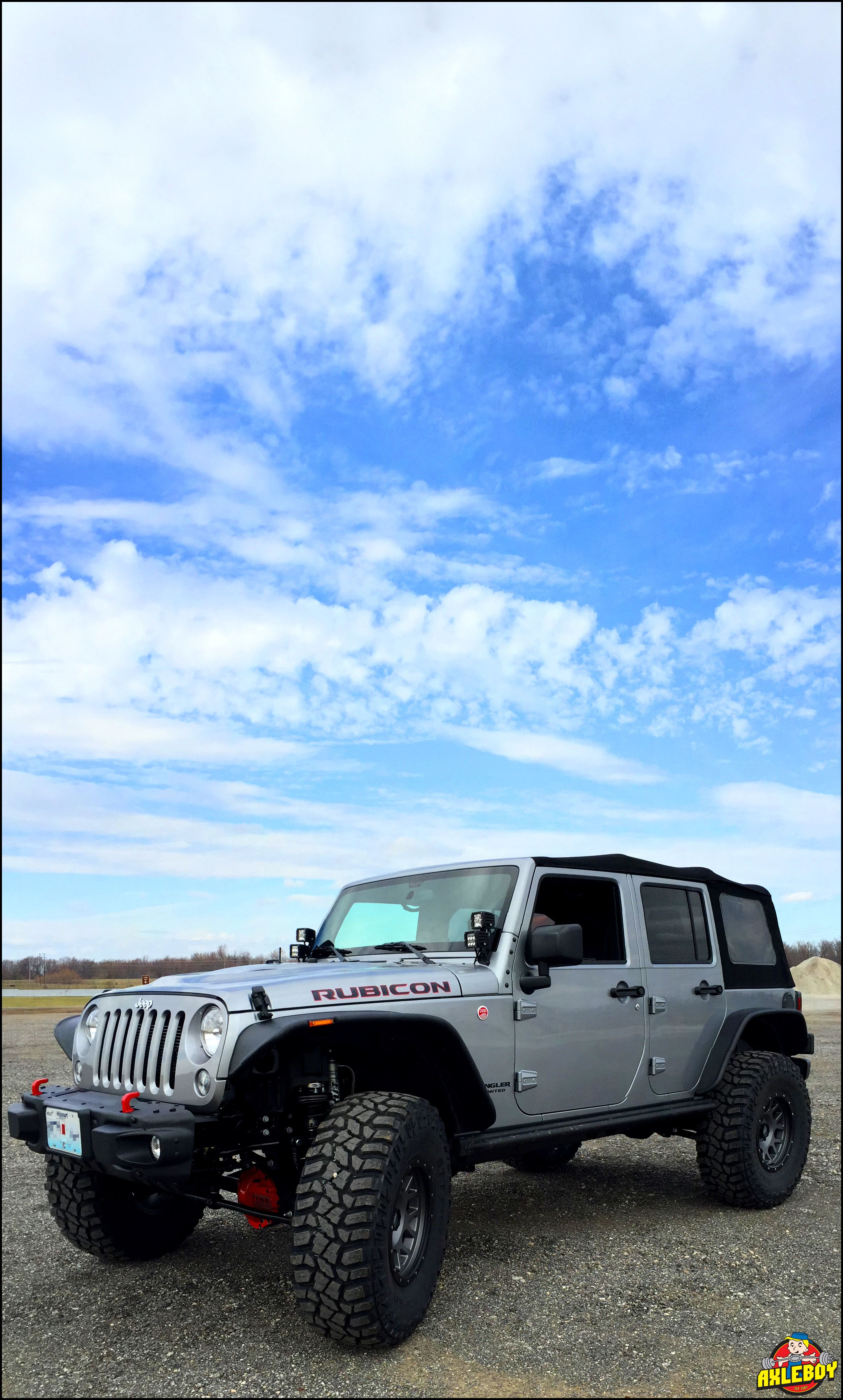 Awesome built 2016 jeep wrangler rubicon on a 3 teraflex lift with 37