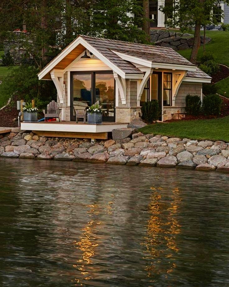 A Pretty Neat Vacation Spot Wooden House Design Tiny House Cabin Cabin Homes