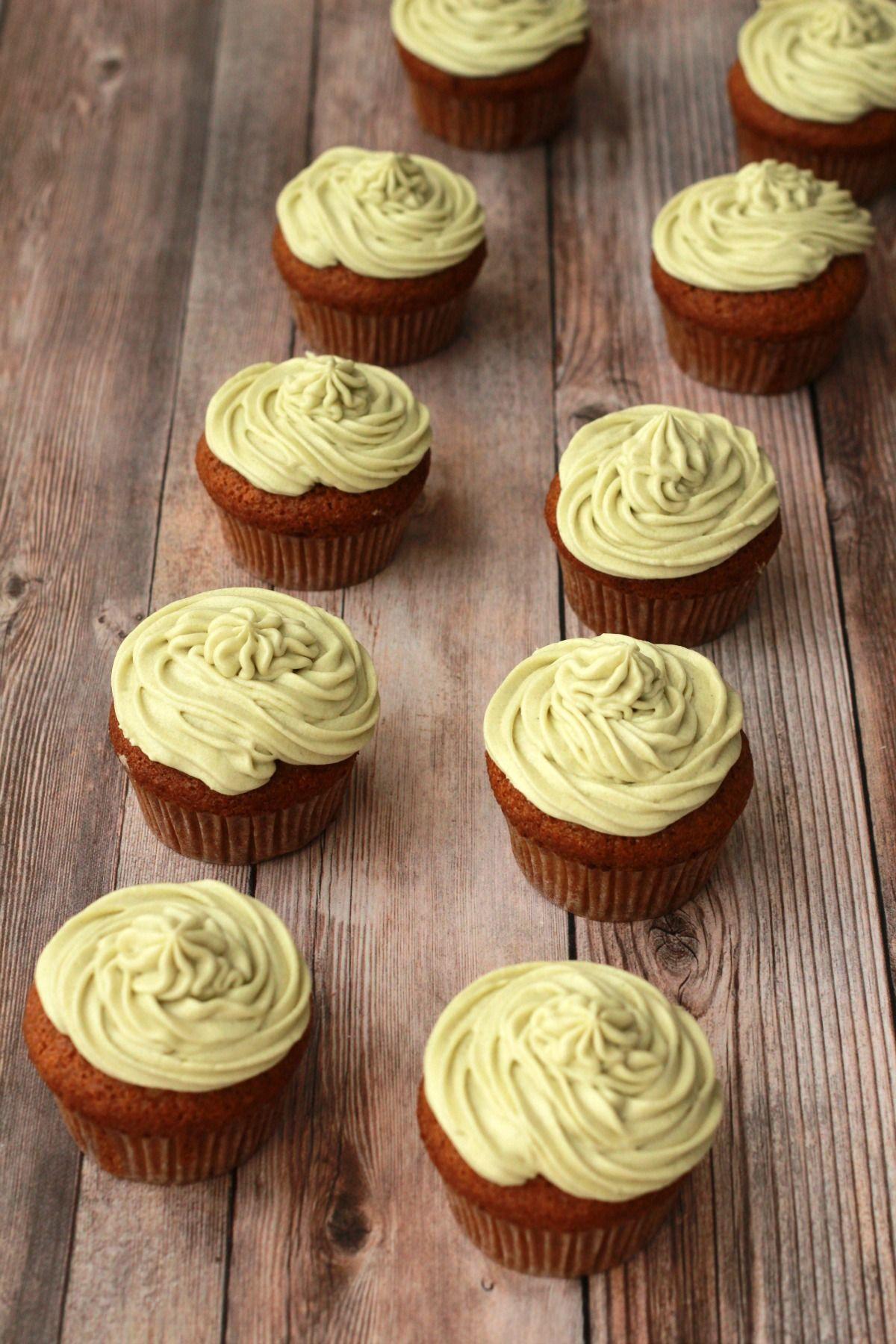 Gluten Free Vegan Vanilla Cupcakes With Matcha Green Tea Frosting Vegan Lovingitvegan Glu Vegan Vanilla Cupcakes Vanilla Cupcakes Vegan Gluten Free Desserts