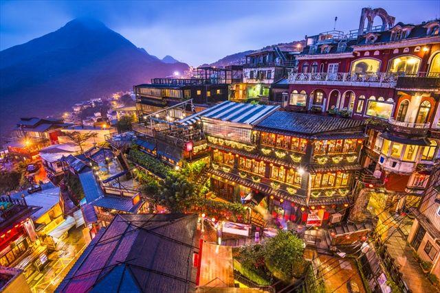 まるで異世界 神隠しに遭いそうな 情緒ある台湾の町 九份 観光 旅行 絶景