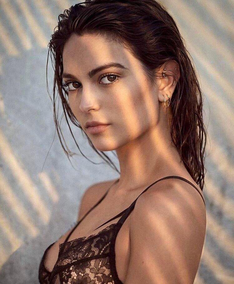 Kyra Santoro Kyra santoro, Beautiful women, Beautiful face