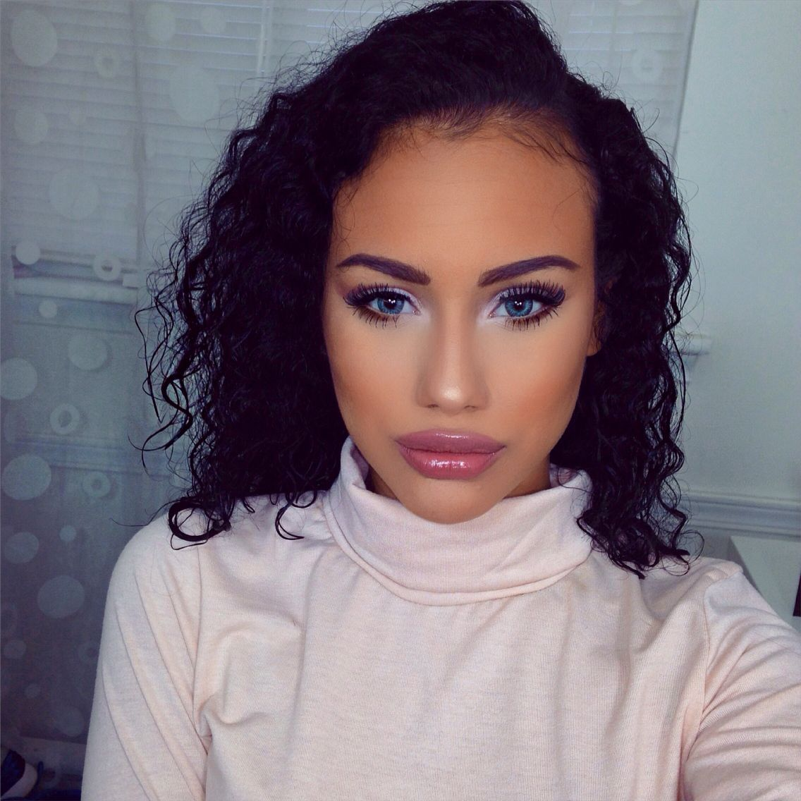 French Beauty Fashion Youtubers: Pin By Simply Shanalee On Youtube Beauty Guru: Simply