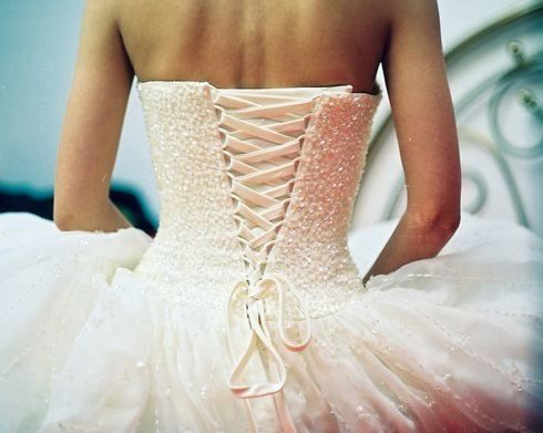 Wedding dress corset lace up