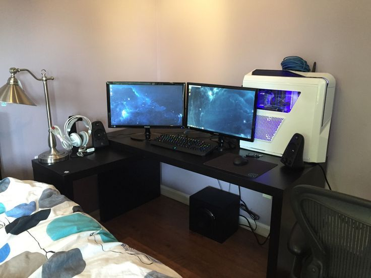 Modern Black Gaming Computer Desk setup with dual monitors setup ...
