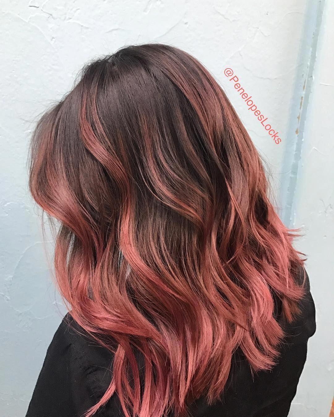 9 Haarfarben in Schokoladenrosa-Gold, die Sie zum Umdrehen bringen