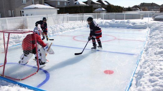 Amazon Com Arctic 25 X 35 Ice Rink Kit Sports Outdoors Ice Hockey Rink Ice Rink Hockey Rink