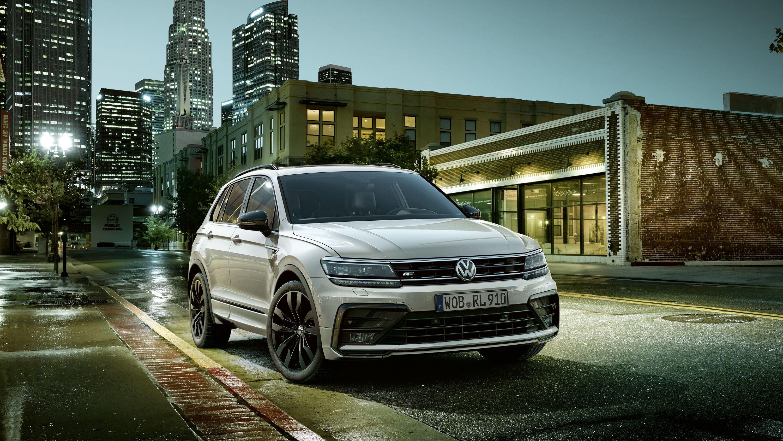 2018 Volkswagen Tiguan Black Style R Line Design Package