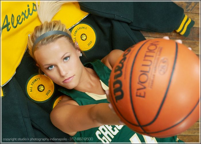 Pin By Natalia Dominik On Pictures Basketball Senior Pictures Senior Pictures Senior Pictures Sports