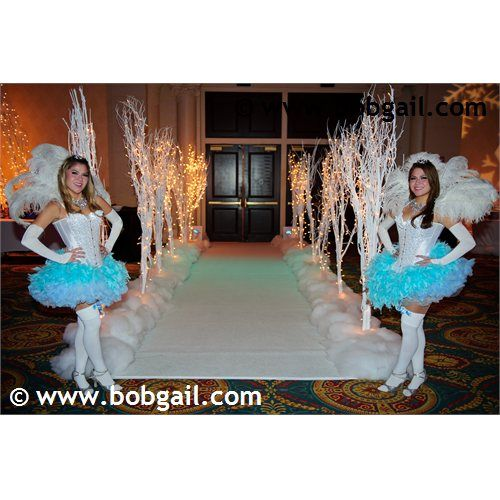 This entrance minus the girls. putting cotton down to make it look like snow is cool. We can even add a little silver glitter