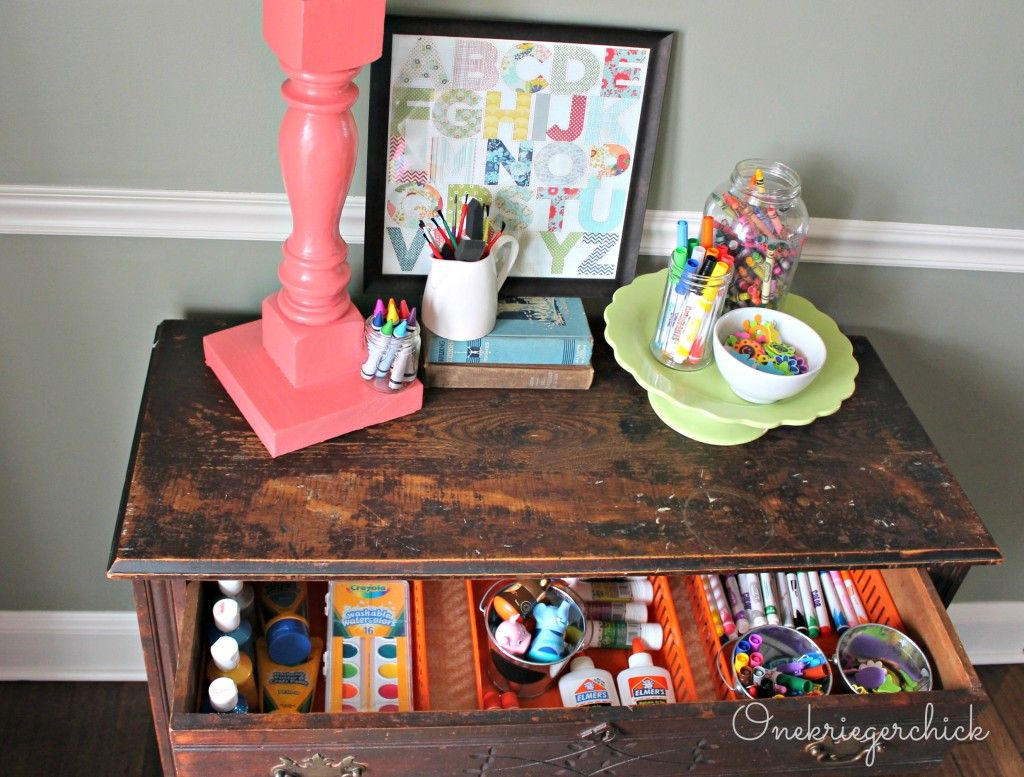 Küchenideen entlang einer wand art buffet with crafty little goodies  organization projects