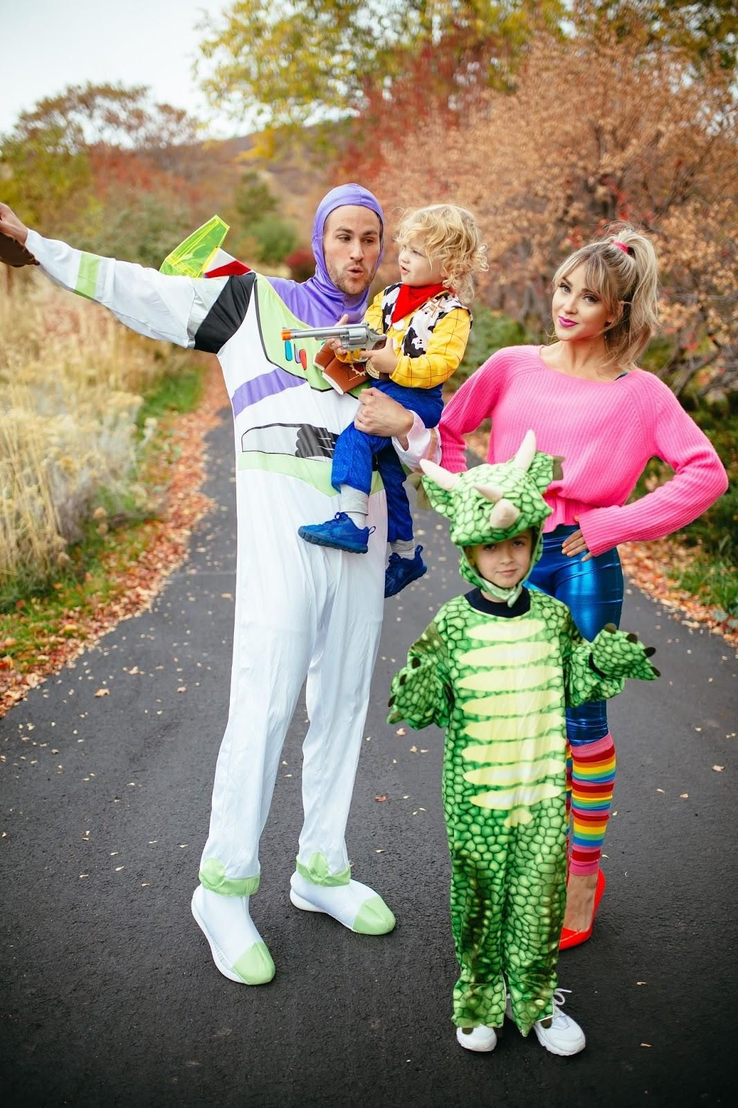 toy story family halloween costume idea | family halloween ideas in