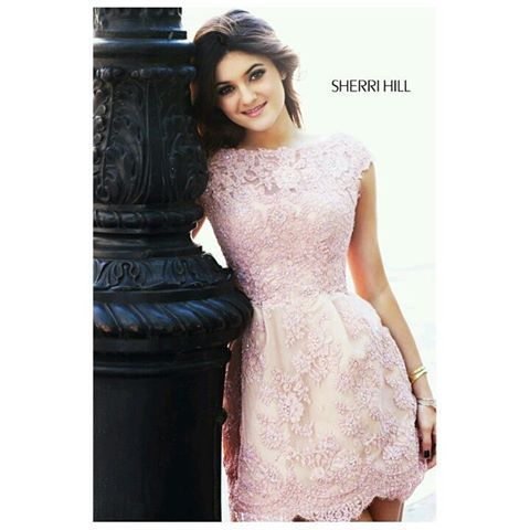 Vestidos cortos en palo de rosa