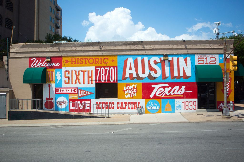 Austin Tx Live Music Capital Of The World A City With The Electric Spirit Of Young Musicians Artists Entrepreneurs Photo Tour Visit Austin Travel Trends