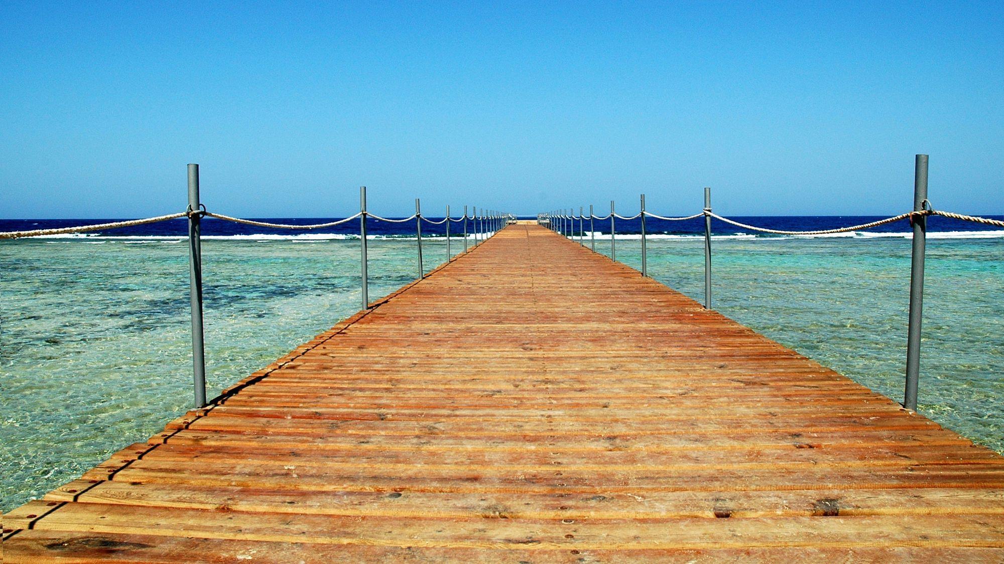 Il mare sembra lontano  Travel photo by 1957maugo http://rarme.com/?F9gZi