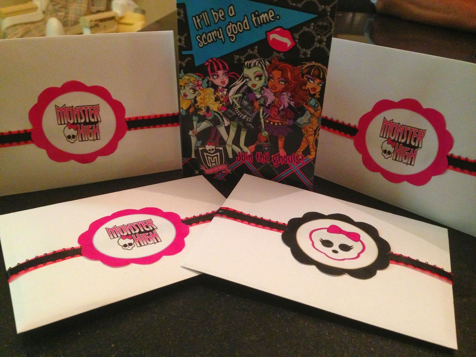 Made by Mom: Mia's 8th Birthday (Monster High)   8th ...