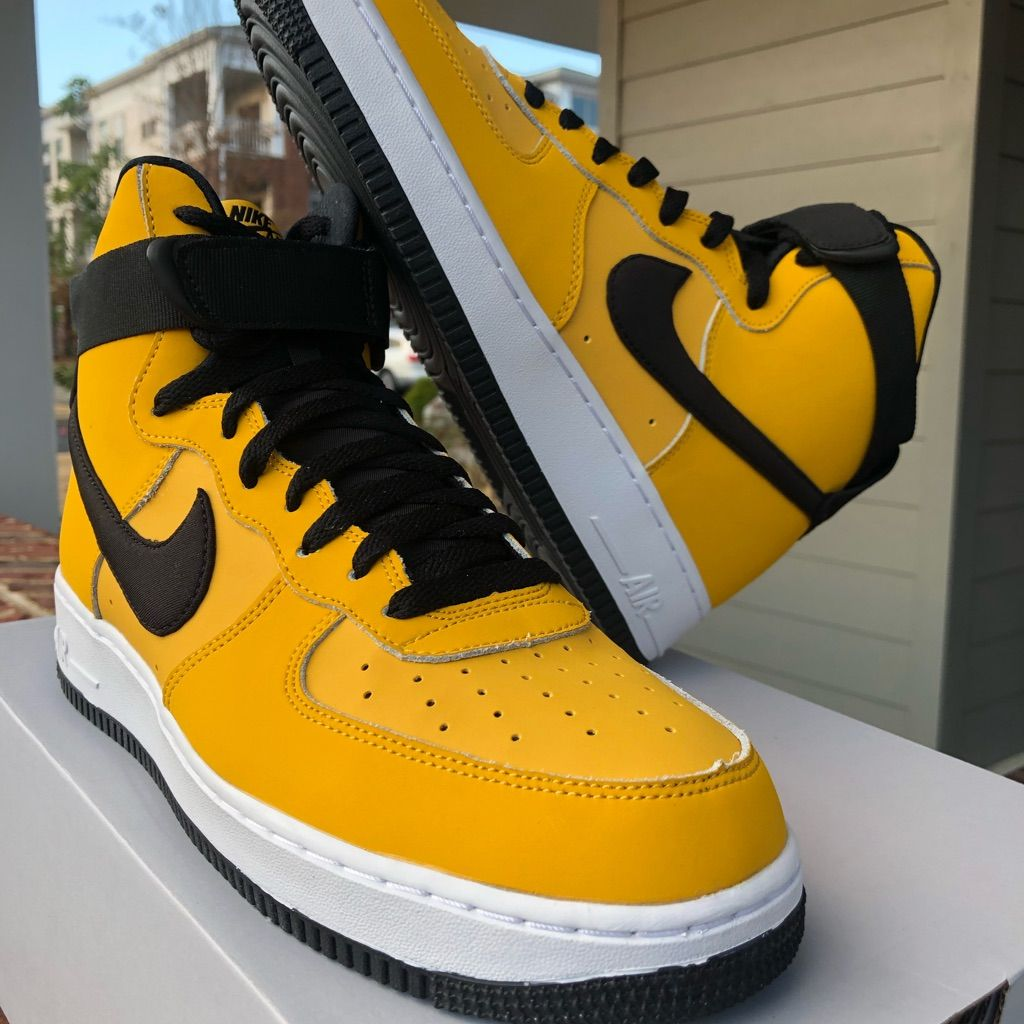 Nike Af1 Air Force 1 '07 Lv8 NBA Pack Shoes Mens 13 Amarillo Yellow 823511 701