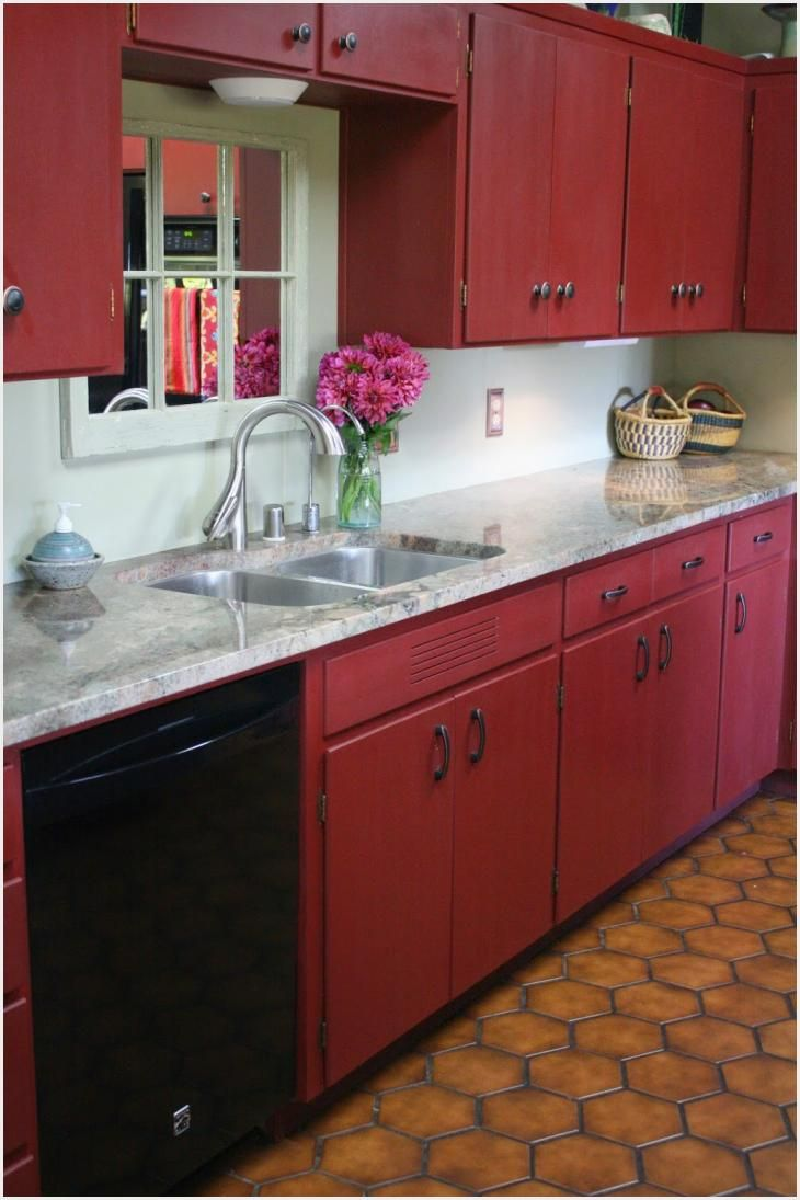 474 Red Painted Kitchen Cabinets Ideas In 2020 Red Kitchen Decor Chalk Paint Kitchen Cabinets Red Kitchen Cabinets
