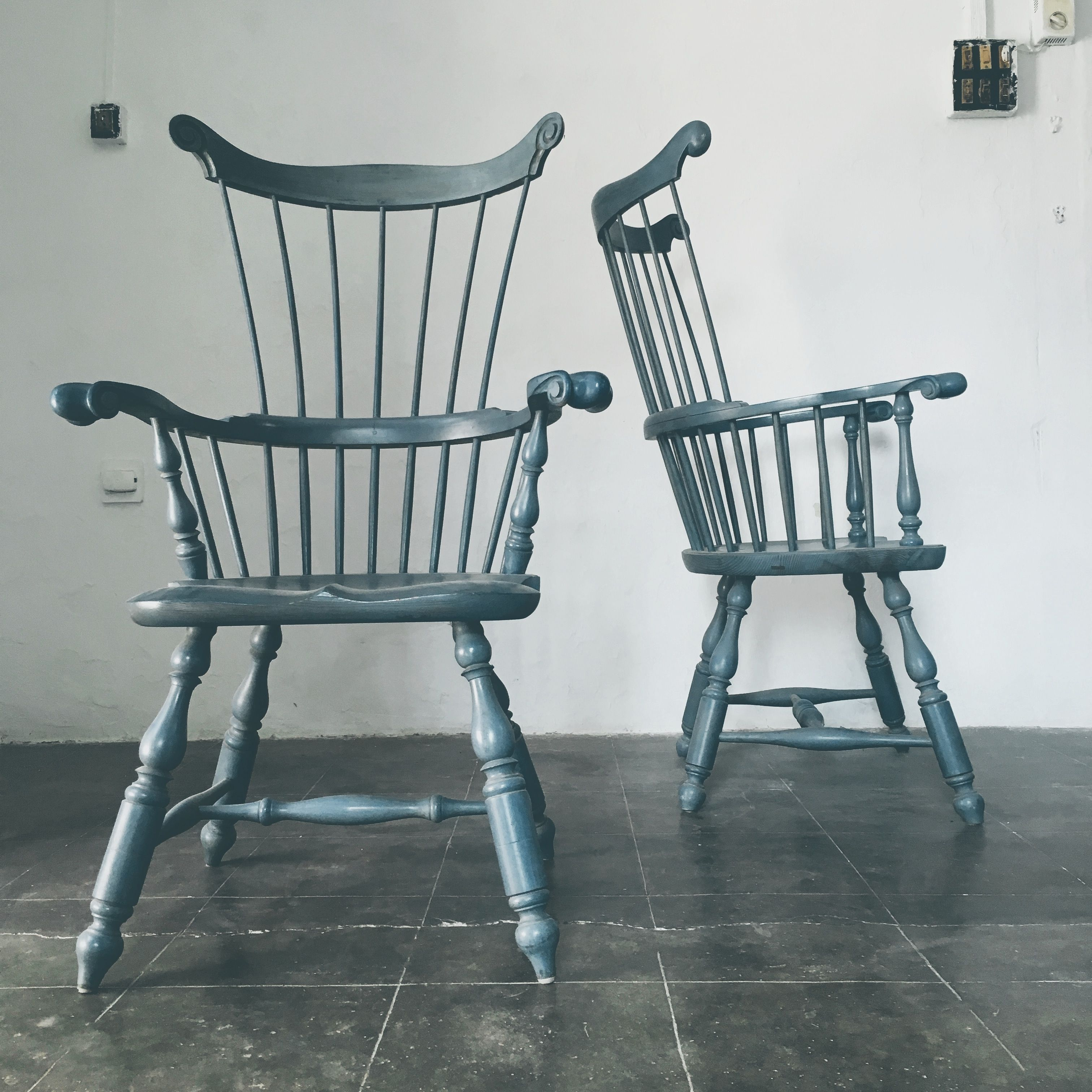 Shield Seat Windsor Arm Chair Federal blue Milk painted