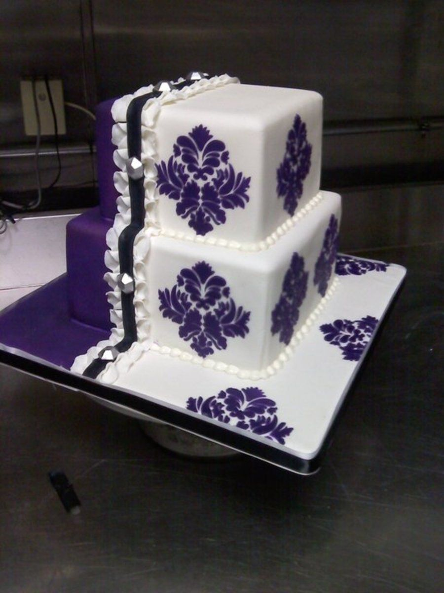 Stenciled cake dorty figurkyozdobycake pinterest stenciling