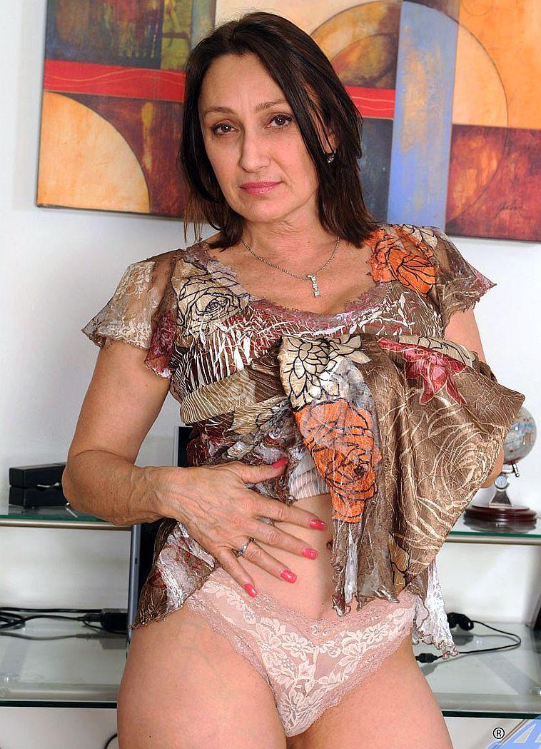 Spanish porn latinas fucking