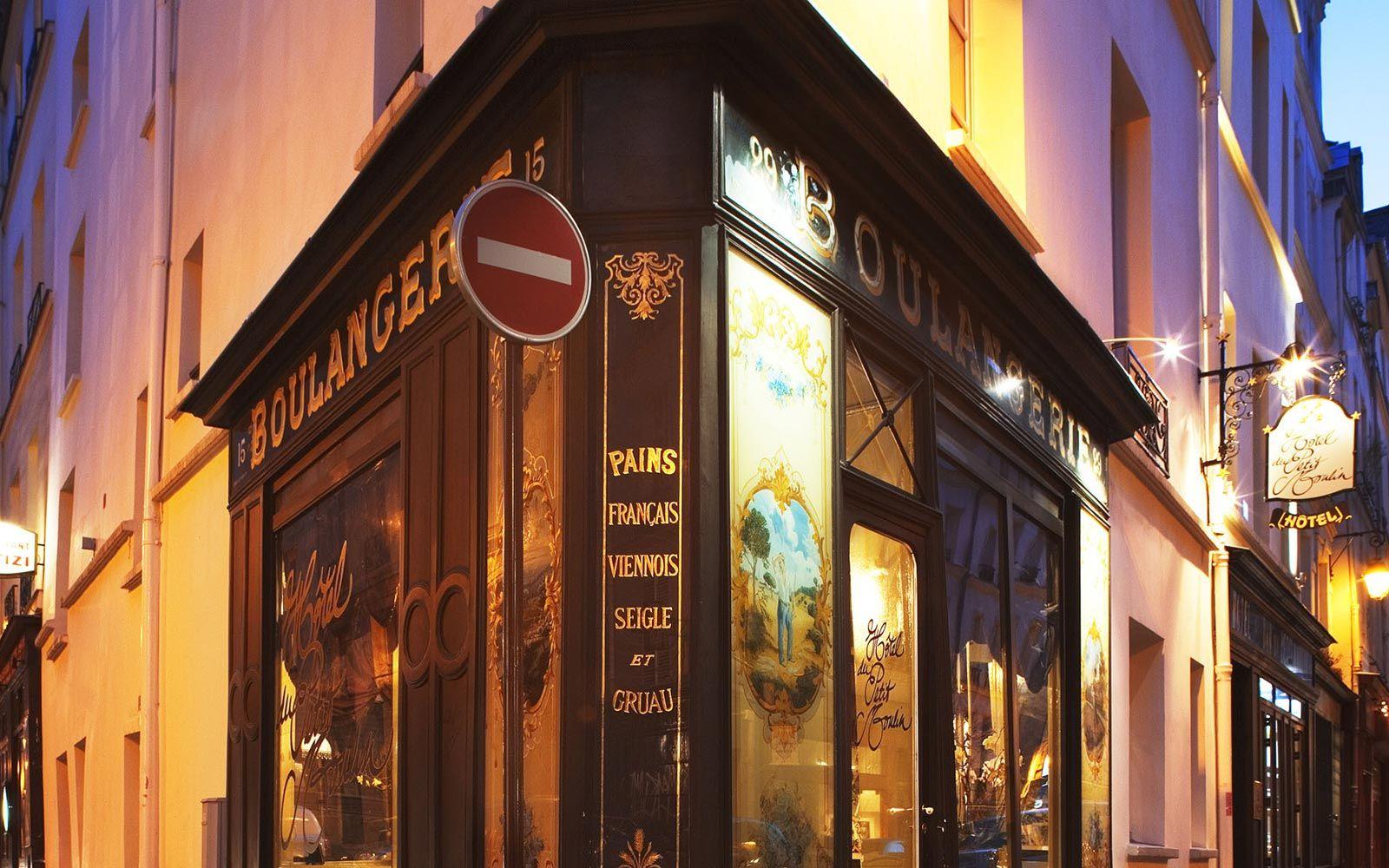 Photo gallery hotel petit moulin paris · paris hotelschristian lacroixluxury