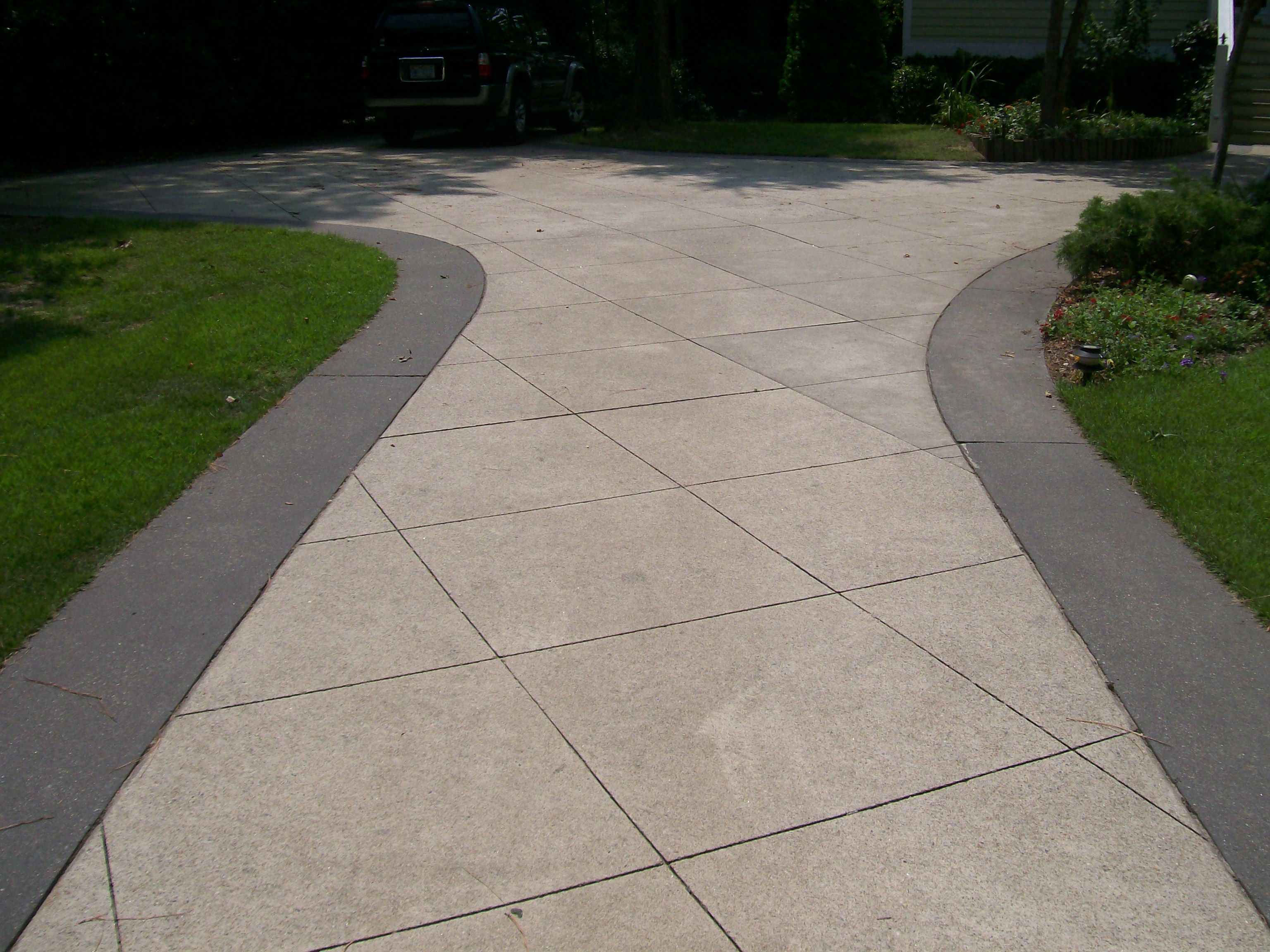 Diamond cut concrete patio google search concrete for Cement driveway ideas