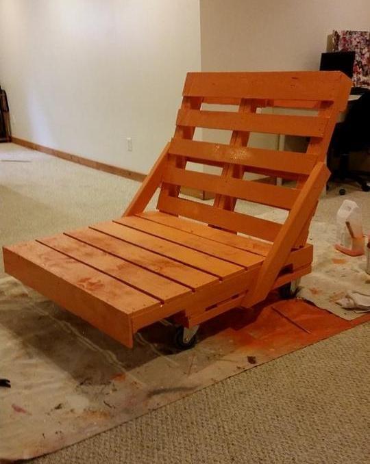 Pallet Lounge Chair Diy