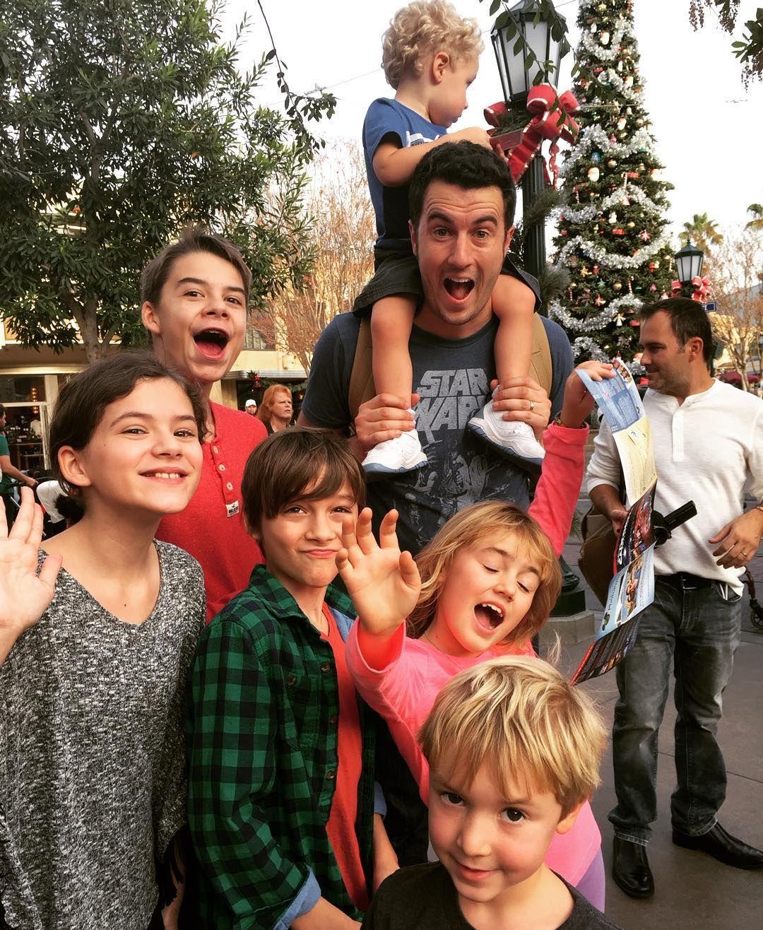 Having A Blast Hanging With Officialkittiesmamayt In Disneyland