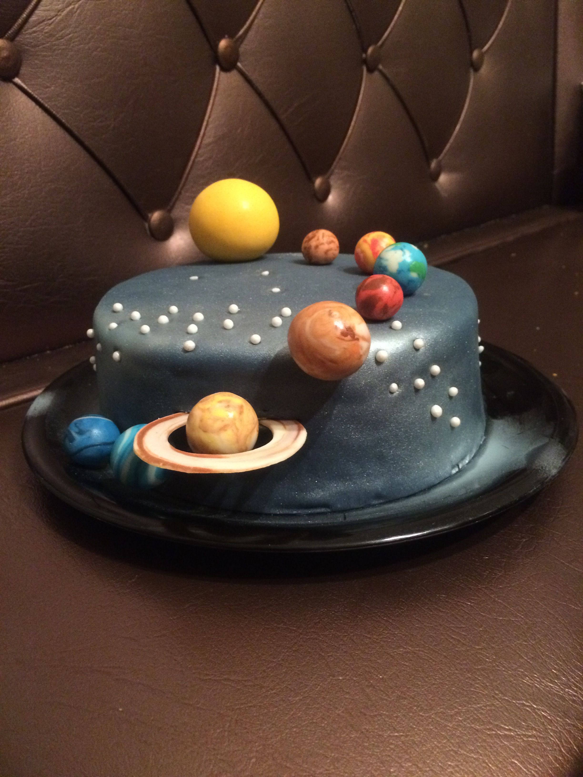 Solar System Cake Space Cake With Images Planet Cake Galaxy