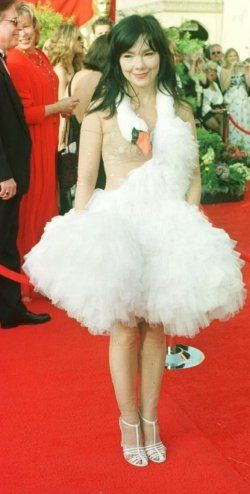 31++ Bjork swan dress costume ideas