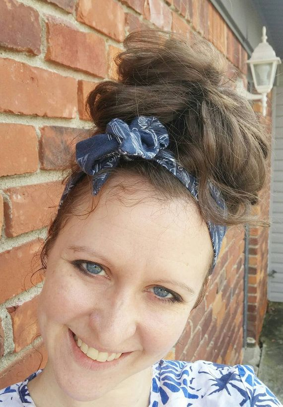 Check out this item in my Etsy shop https://www.etsy.com/listing/271272727/navy-stretch-headband-feather-headband