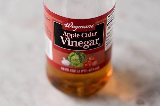 use apple cider vinegar for dogs skin irritation. Black Bedroom Furniture Sets. Home Design Ideas