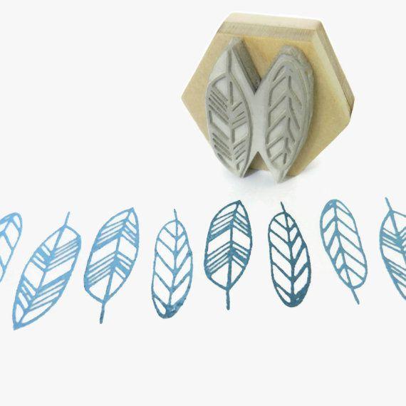 Geo Feathers Pattern Stamp Hexagon Wood Mounted von creatiate